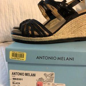 Antonio Melanie